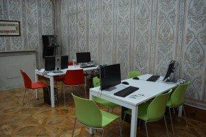 sala lettura computer